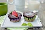 Raw-Cheesecake-1-red-1-green-w-choco-w-fruit2